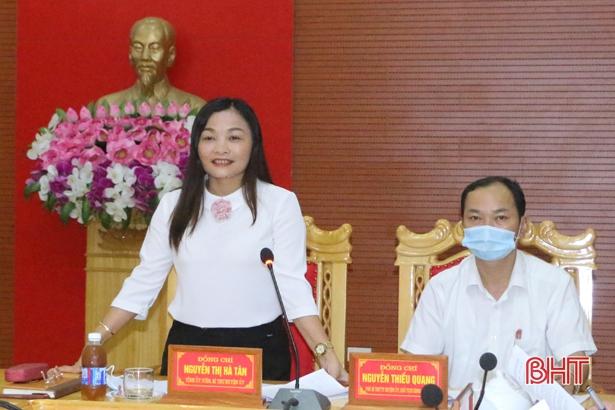 Vũ Quang công bố kết quả bầu cử Hội đồng nhân dân