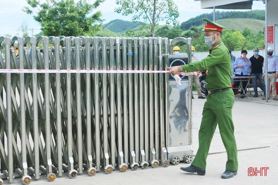 Gỡ bỏ phong tỏa nhà máy sản xuất gỗ công nghiệp lớn nhất Hà Tĩnh
