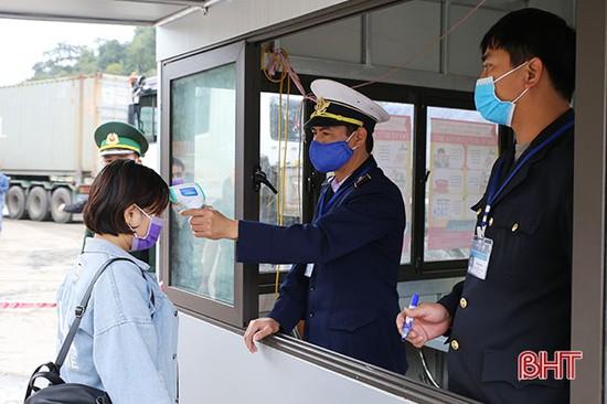 Hà Tĩnh dừng tiếp nhận công dân Việt Nam nhập cảnh qua Cửa khẩu Cầu Treo từ ngày mai