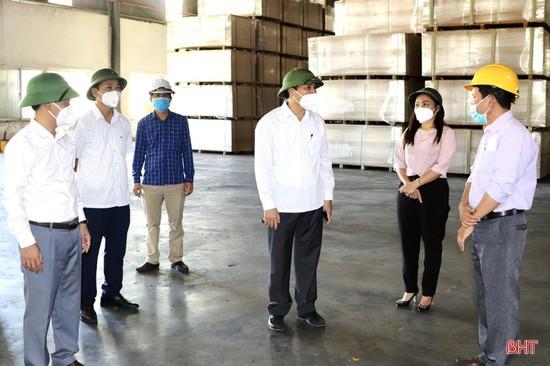 Vũ Quang cần tiếp tục siết chặt công tác phòng, chống dịch Covid-19 trong từng cộng đồng dân cư