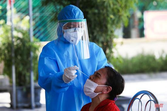 Sáng 21/6, thêm 47 ca mắc COVID-19, Việt Nam ghi nhận tổng cộng 13.258 bệnh nhân
