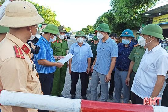 Hà Tĩnh: Xã Tân Lâm Hương tháo dỡ 5 chốt phong tỏa tại thôn La Xá và Tân Hòa