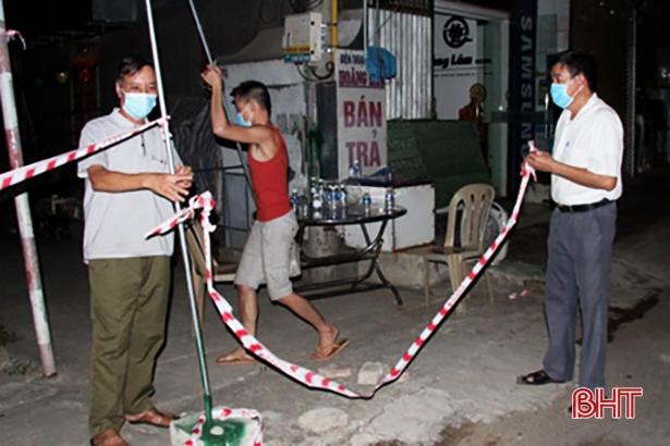 Hương Sơn tháo dỡ các chốt kiểm soát cách ly y tế tại 4 xã, thị trấn