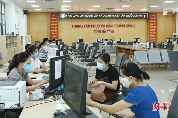 Hà Tĩnh siết chặt phòng dịch trong các trung tâm hành chính công