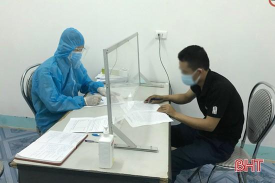 Hương Sơn xử phạt 3 trường hợp về từ vùng dịch không khai báo y tế