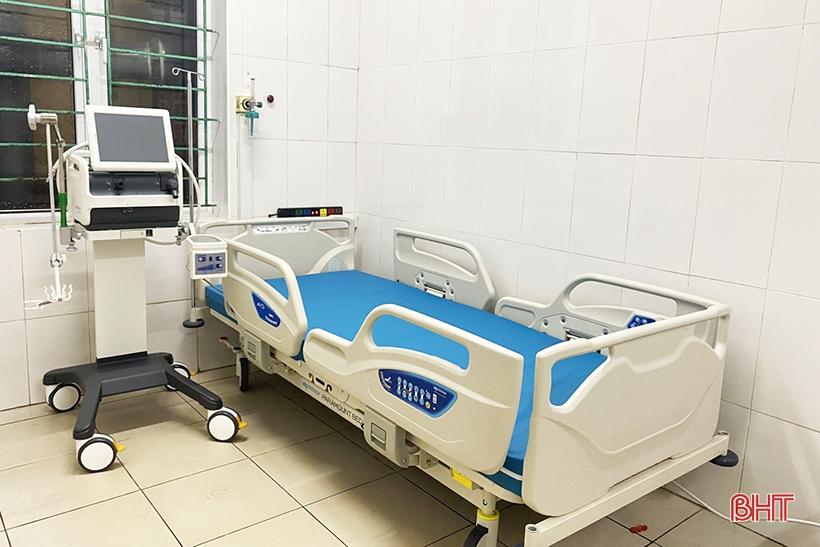 Vingroup tặng nhiều thiết bị y tế cho Bệnh viện Đa khoa Hà Tĩnh điều trị bệnh nhân Covid-19