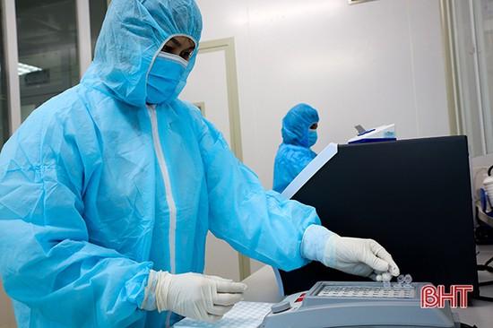 Hà Tĩnh có 30 bệnh nhân Covid-19 âm tính với virus SARS-CoV-2