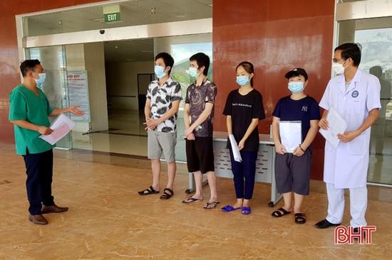 69 bệnh nhân COVID-19 điều trị tại Hà Tĩnh đã khỏi bệnh