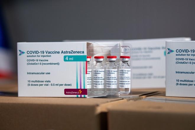 Bộ Y tế nhận thêm hơn 1,2 triệu liều vắc xin Covid-19 AstraZeneca