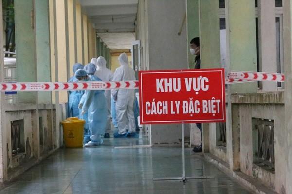 Sáng 14/9: Gần 1.100 ca COVID-19 nặng đang thở máy và ECMO; Người tiêm đủ 2 mũi vaccine được đi lại thế nào?