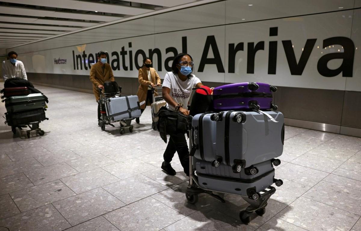 Anh miễn cách ly tại khách sạn cho các du khách đến từ nhiều quốc gia