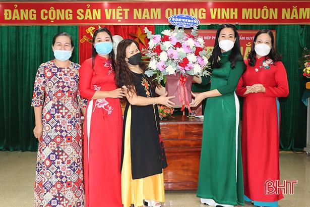 Huyện đầu tiên của Hà Tĩnh ra mắt câu lạc bộ nữ doanh nhân