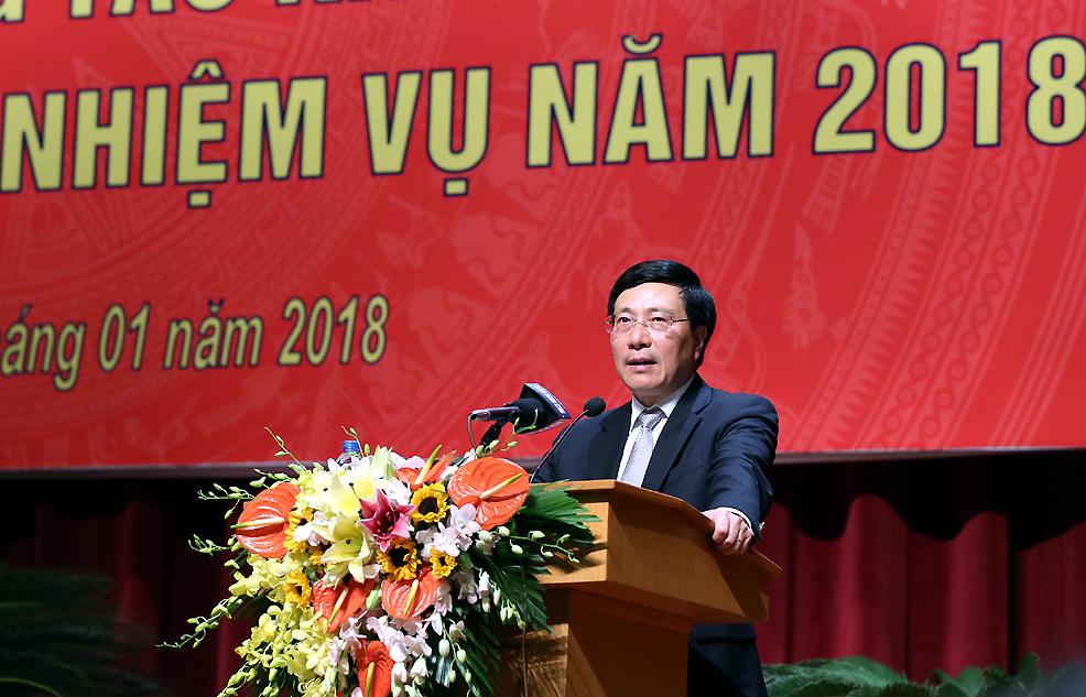 Ngoại giao tiếp tục duy trì môi trường hòa bình, nâng cao thế và lực đất nước