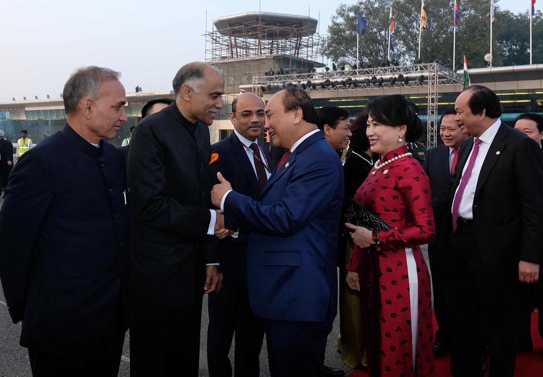 Thủ tướng kết thúc tốt đẹp chuyến tham dự Hội nghị ASEAN - Ấn Độ