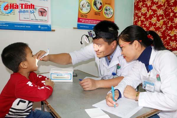 Hơn 4.000 người được khám, lập hồ sơ điện tử quản lý sức khỏe