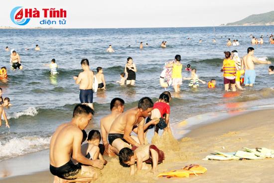 Chuẩn bị kỹ các điều kiện tổ chức Đại hội TDTT và khai trương mùa du lịch biển 2018