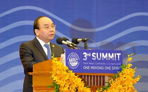 Thủ tướng đưa ra thông điệp mạnh mẽ về sử dụng tài nguyên nước Mekong