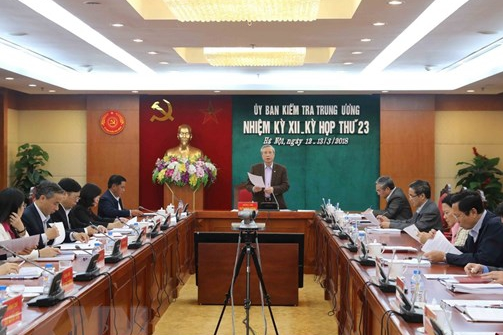 Ban hành hướng dẫn quy định của Bộ Chính trị về kỷ luật đảng viên